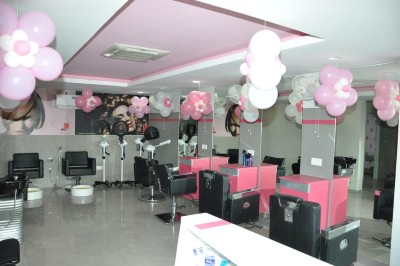 Femina Family Salon & Bridal Studio Images